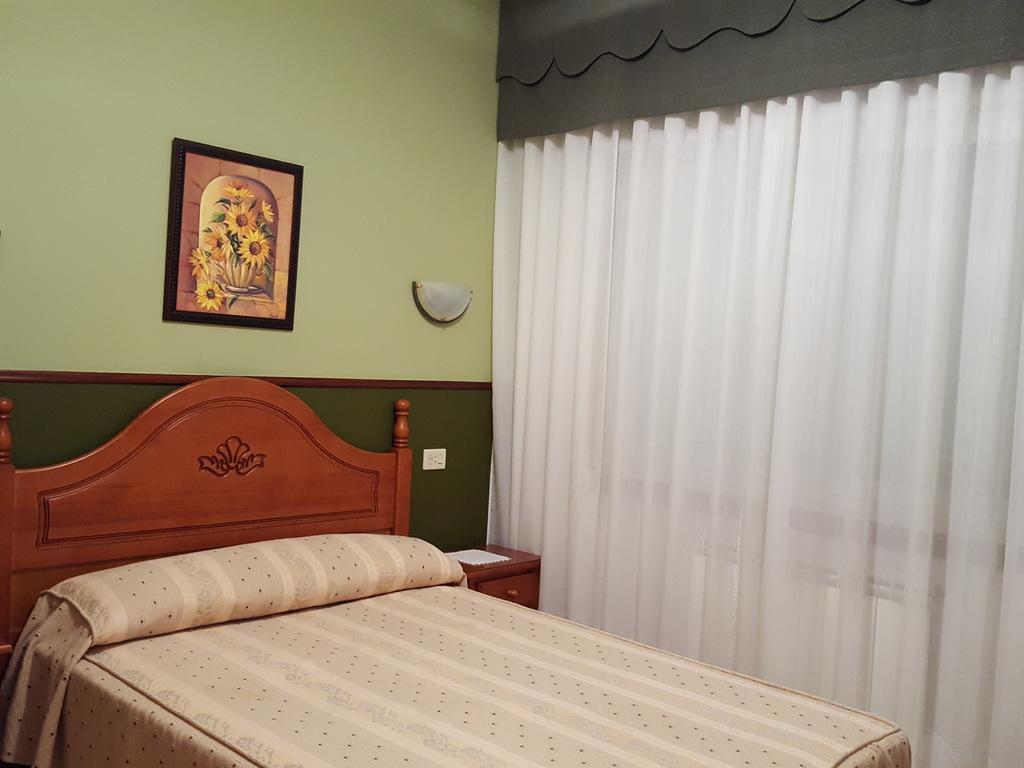 Economy Room (1 bed)