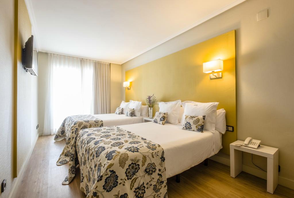 Double Comfort (2 Beds 1,35m)