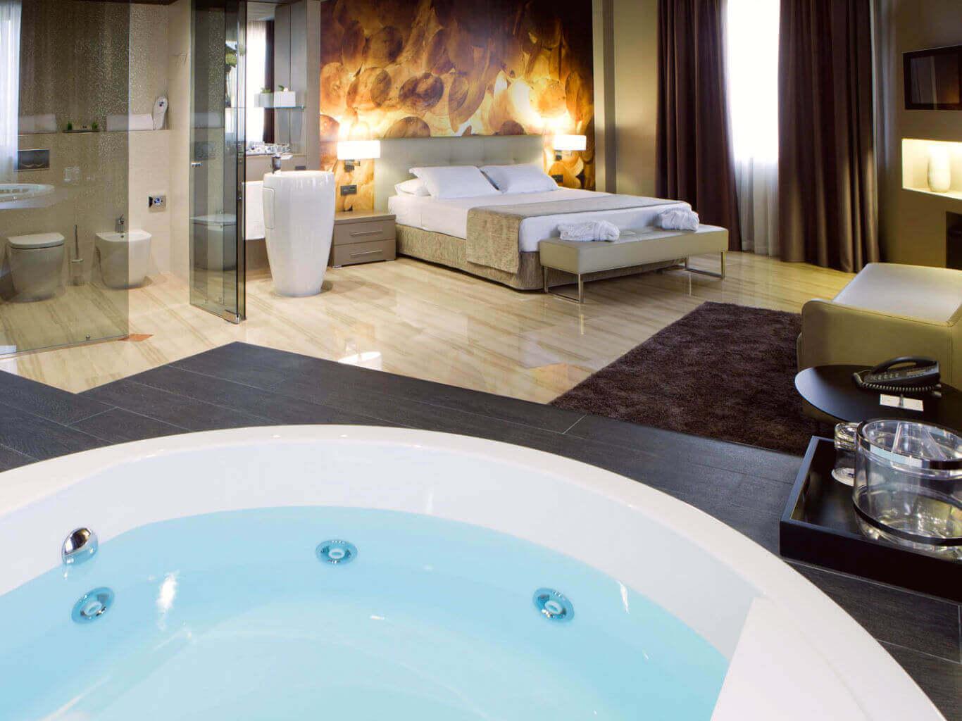 Jacuzzi Suite - Hotel Ciutat de Tarragona Tarragona