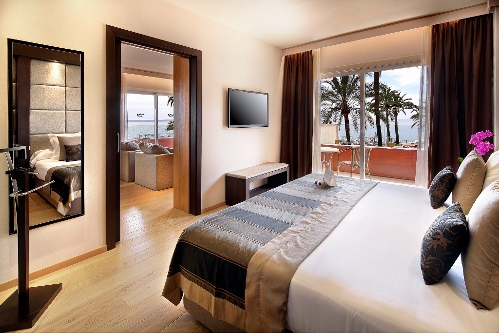 Presidential Suite sea veiws with spa access