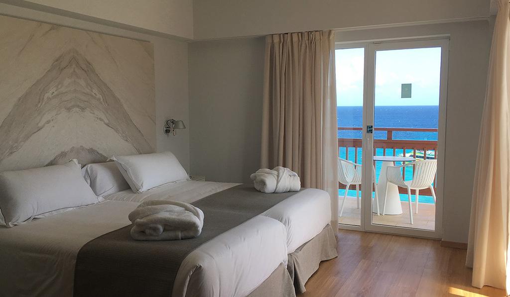Habitación Doble Vista Mar Frontal