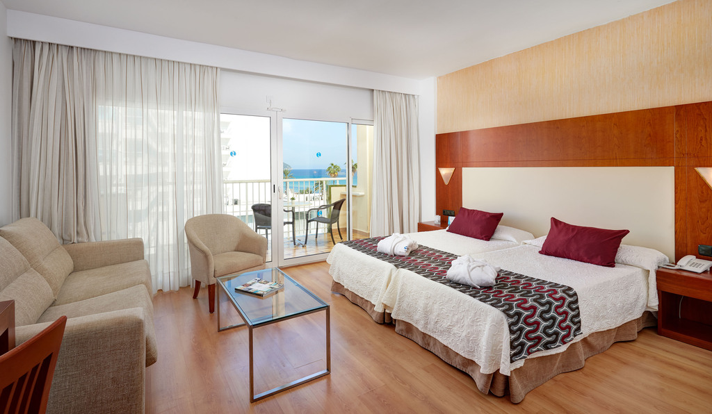 Junior Suite Side Sea view