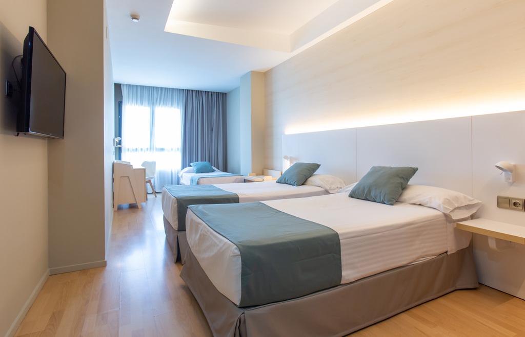 Camera doppia con letto aggiunto per adulti