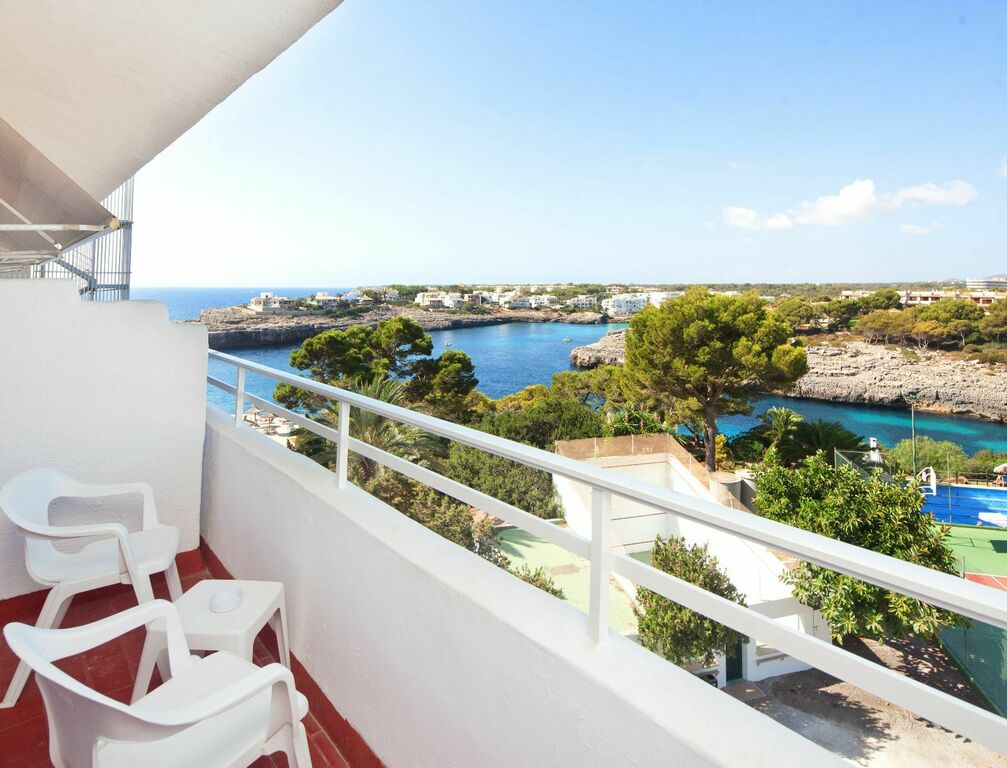 Partial Sea View Double room with Balcony