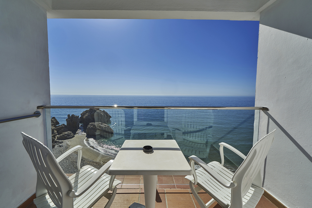 Double with Balcony and Seaview