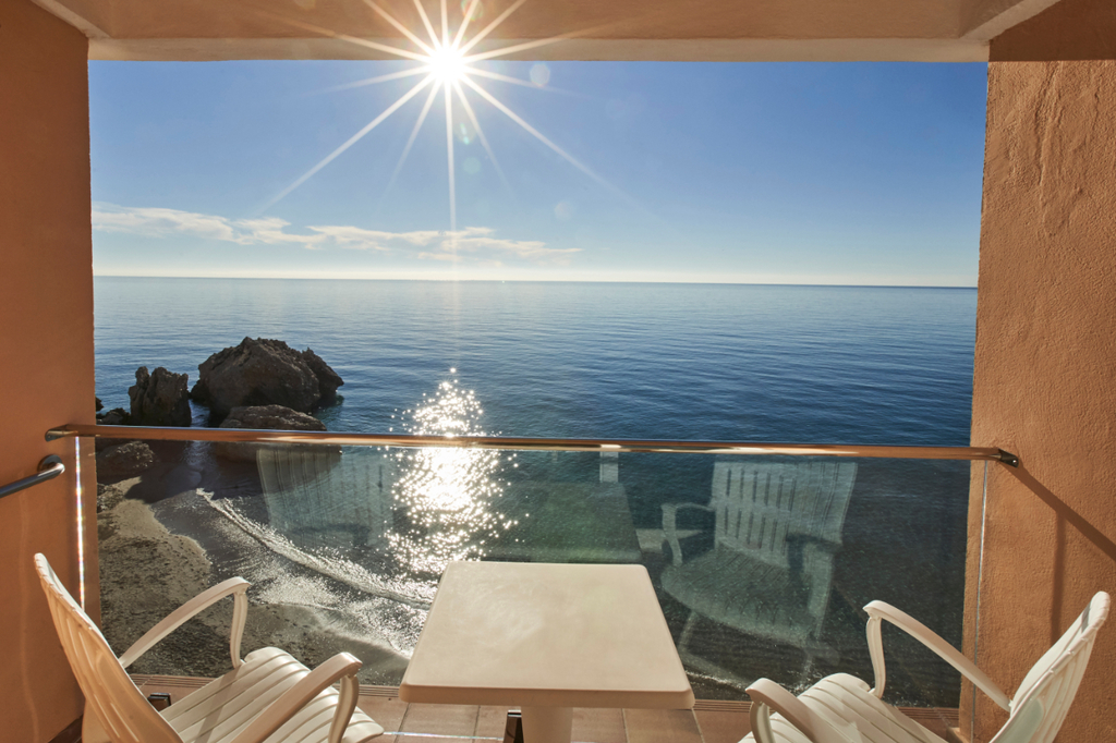 Junior Suite with Balcony and Seaview