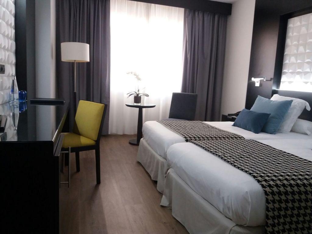Habitación Doble Premium (1 o 2 camas)