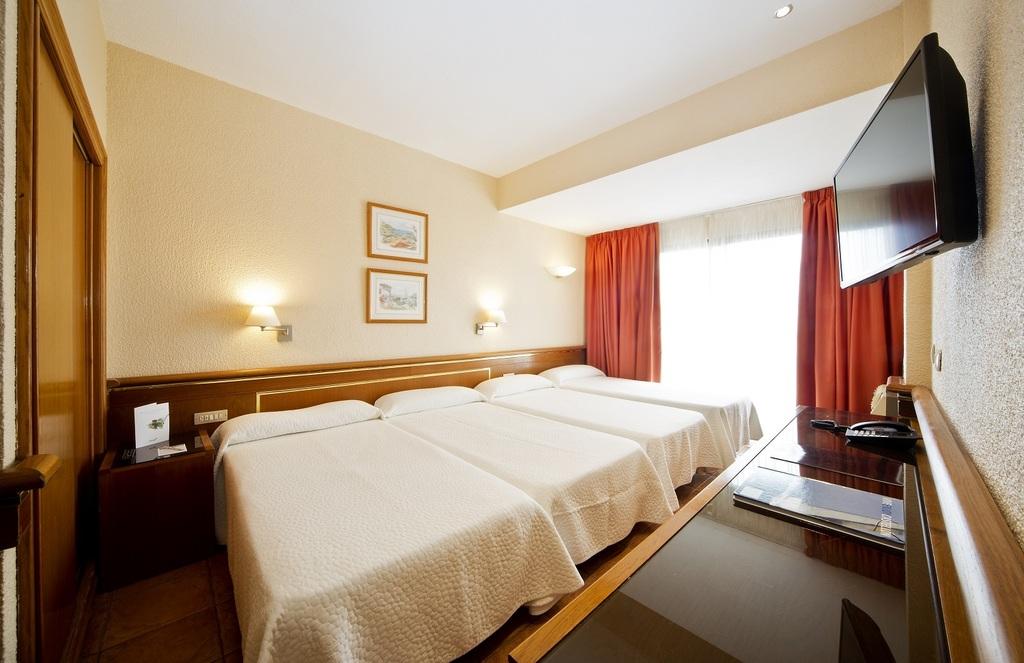 Estándar con 2 camas supletorias