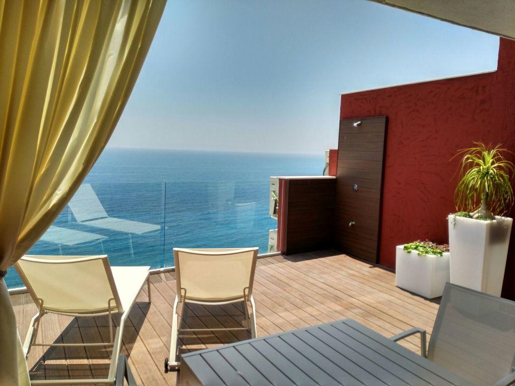Apartamento de 1 dormitorio con Vistas al Mar Premium