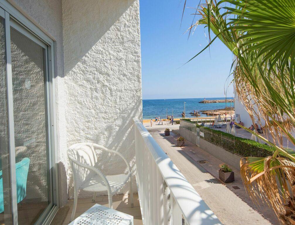 Doppelzimmer mit seitlichem Meerblick und Balkon