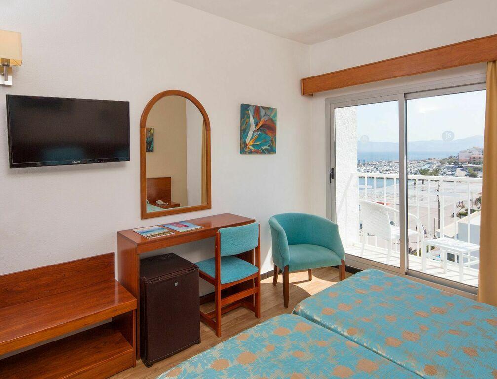 Doppelzimmer Oberen Etage mit Direktem Meerblick und Balkon