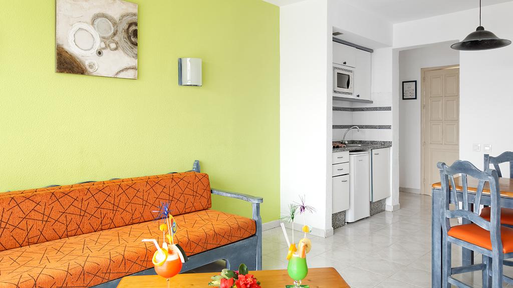 Promo One Bedroom Apartment