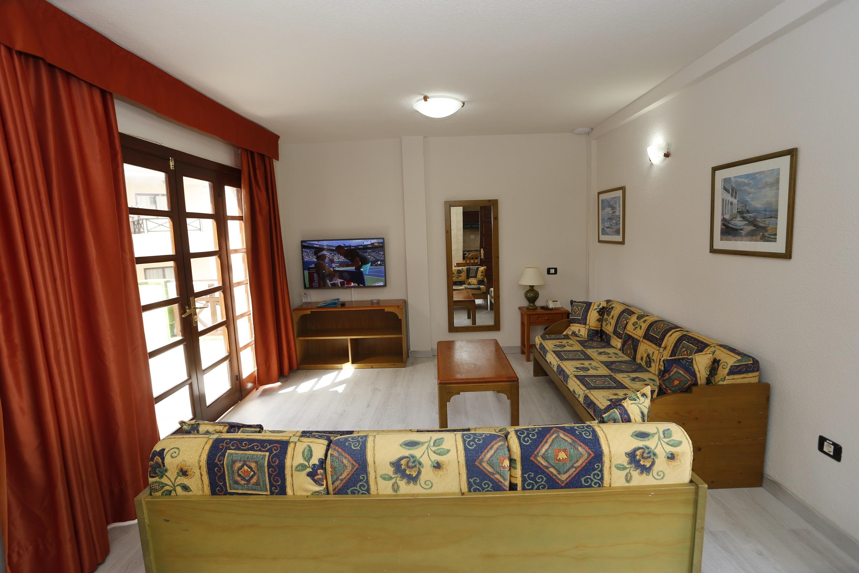 Apartment (1 Room)