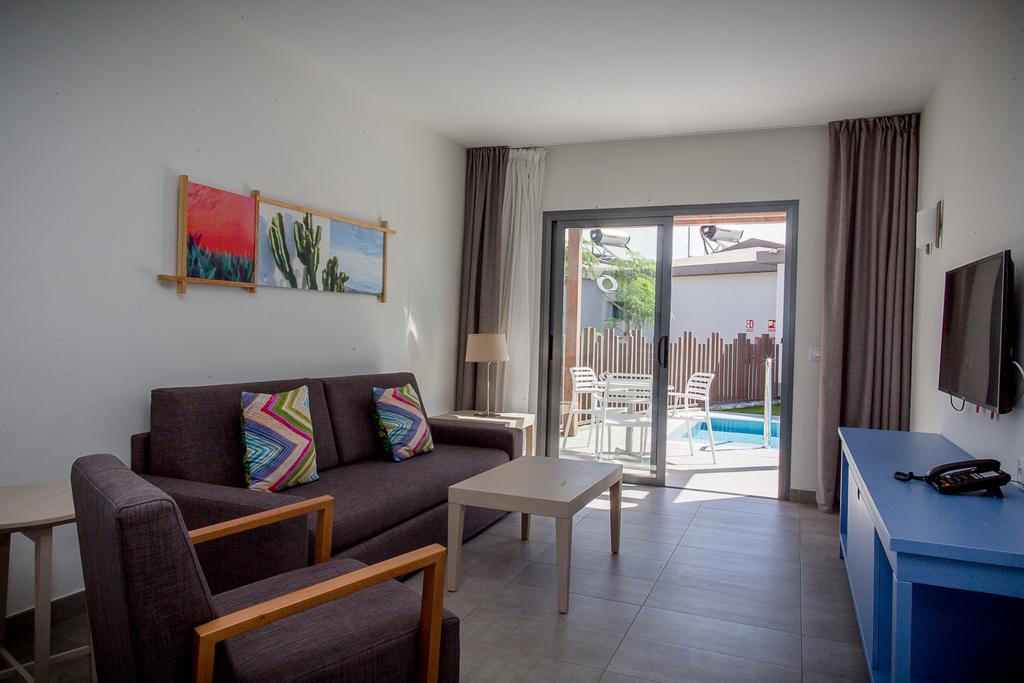 Premium Bungalow 1 Schlafzimmer mit Zugang zum Pool