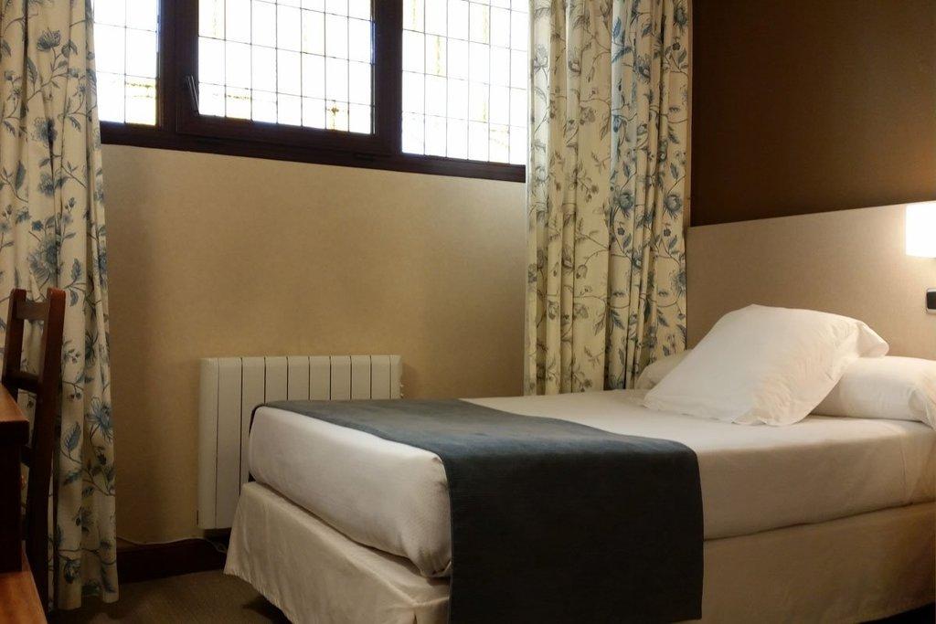 Habitación individual interior (No Reembolsable)