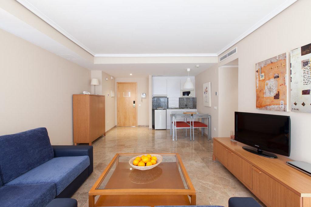 Completos apartamentos en valencia plaza picasso for Apartamentos plaza picasso