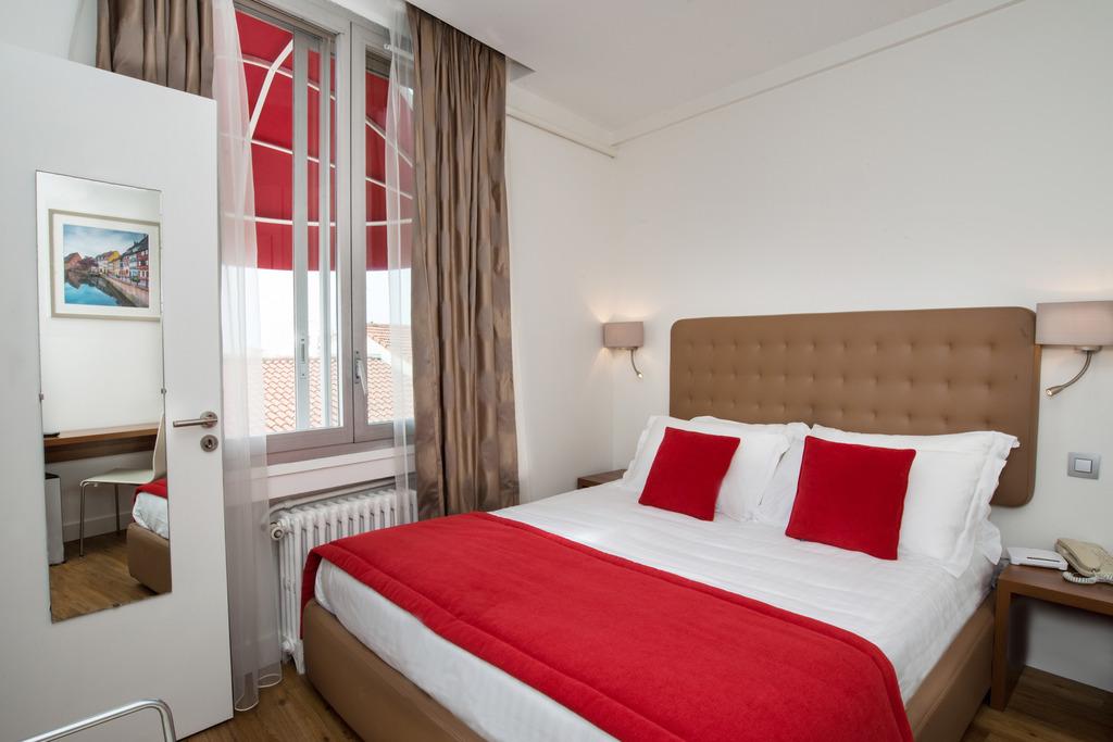 Chambres | Hôtel de France Cannes - Rue d\'Antibes