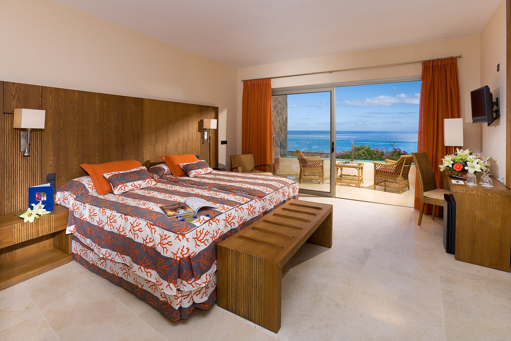 Double Room Sea View, Spa included