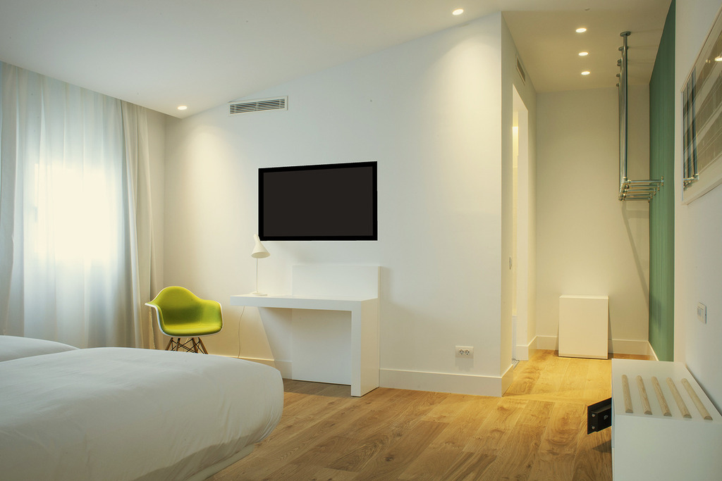 One Shot Executive Room