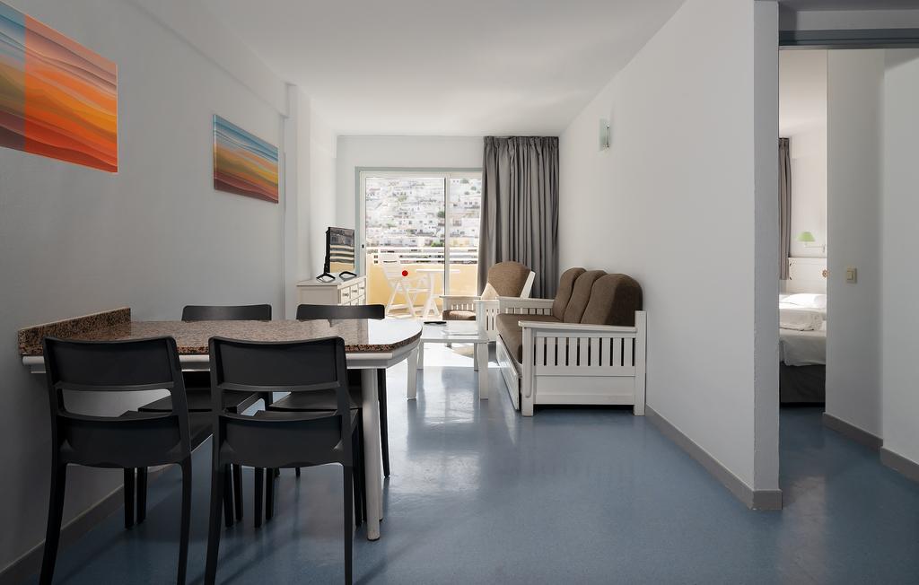 2 bedrooms Standard
