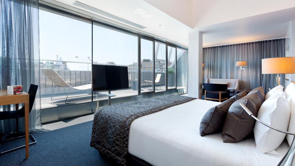 Zimmer Royal Deluxe mit Terrasse