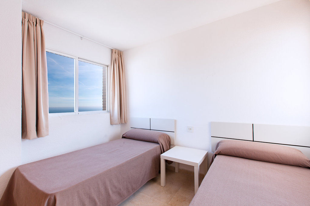 2 Bedroom Apartment Sea View