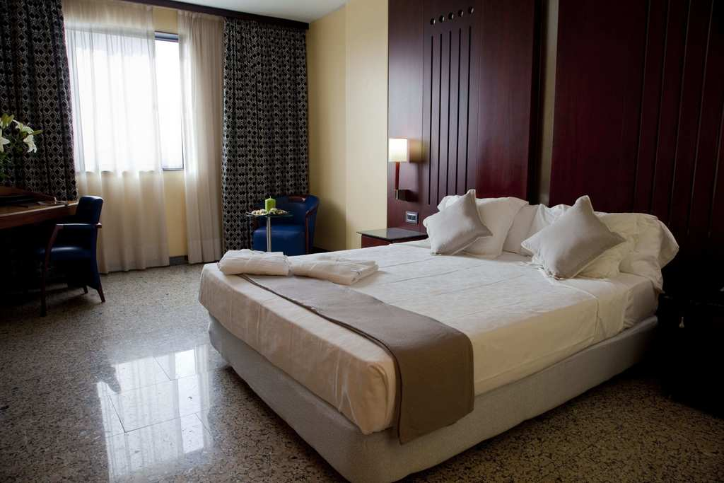 Rooms hotel jardines de amaltea lorca official website for Hotel spa jardines de lorca