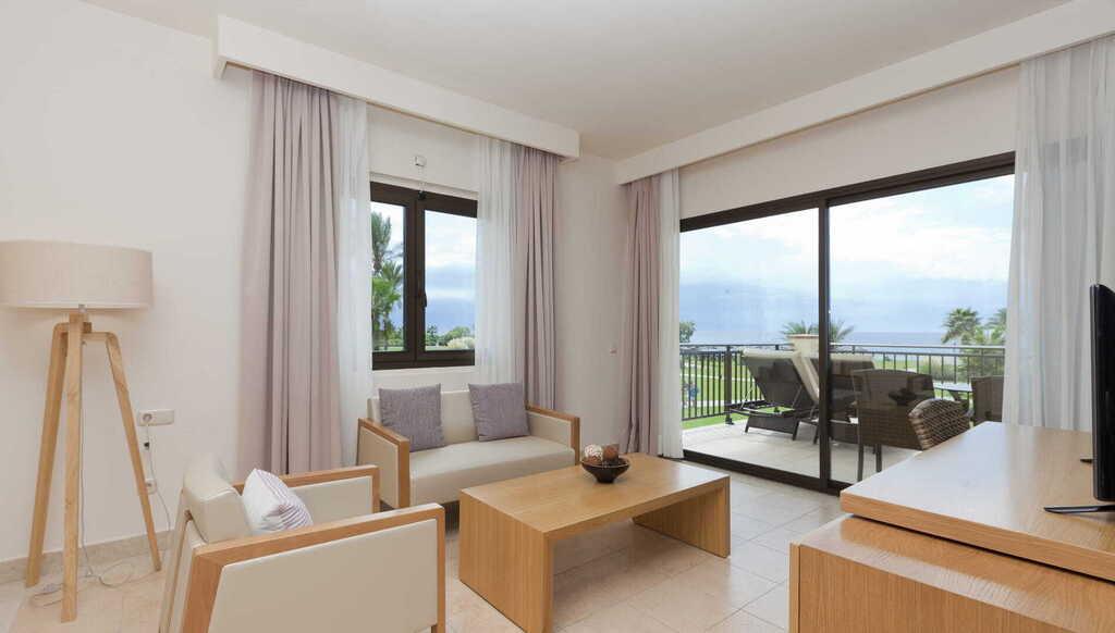 Frontal Sea View Junior Suite