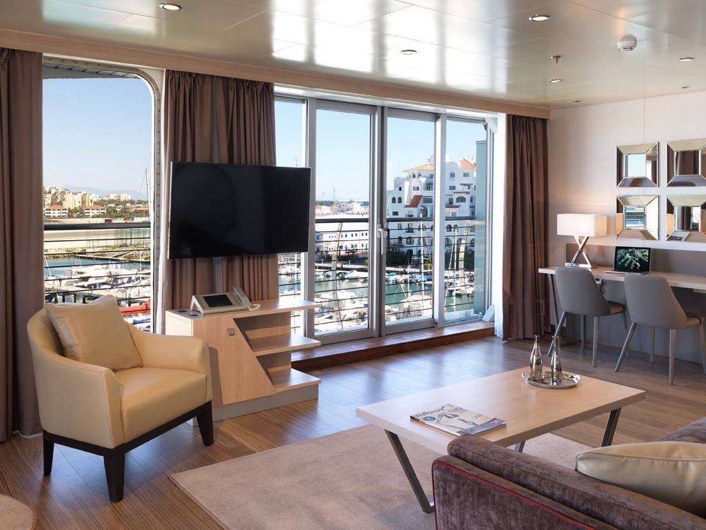 Superyacht Penthouse