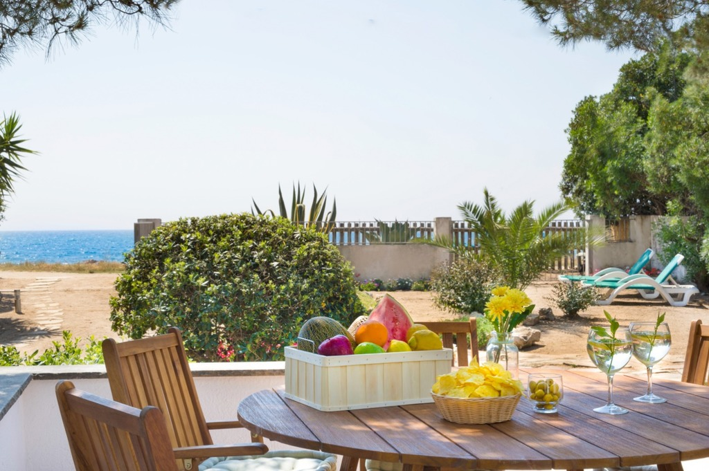 Villa Erika Beach House