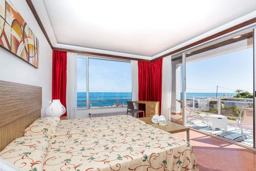 Malgrat de Mar Beachfront Village - Casa de 3 Dormitorios