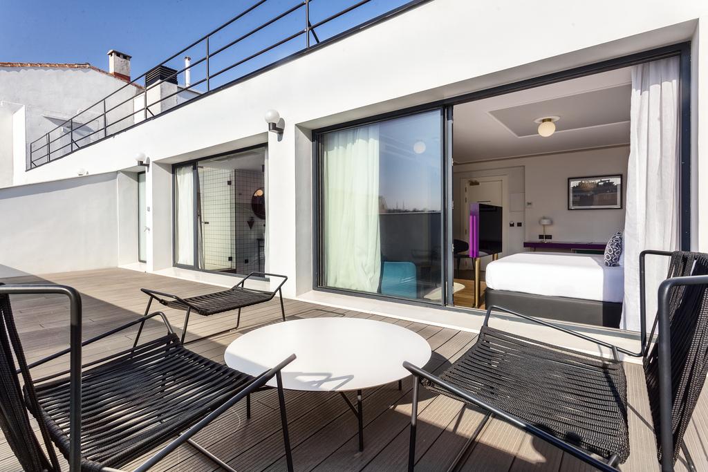 One Shot Deluxe Terrace