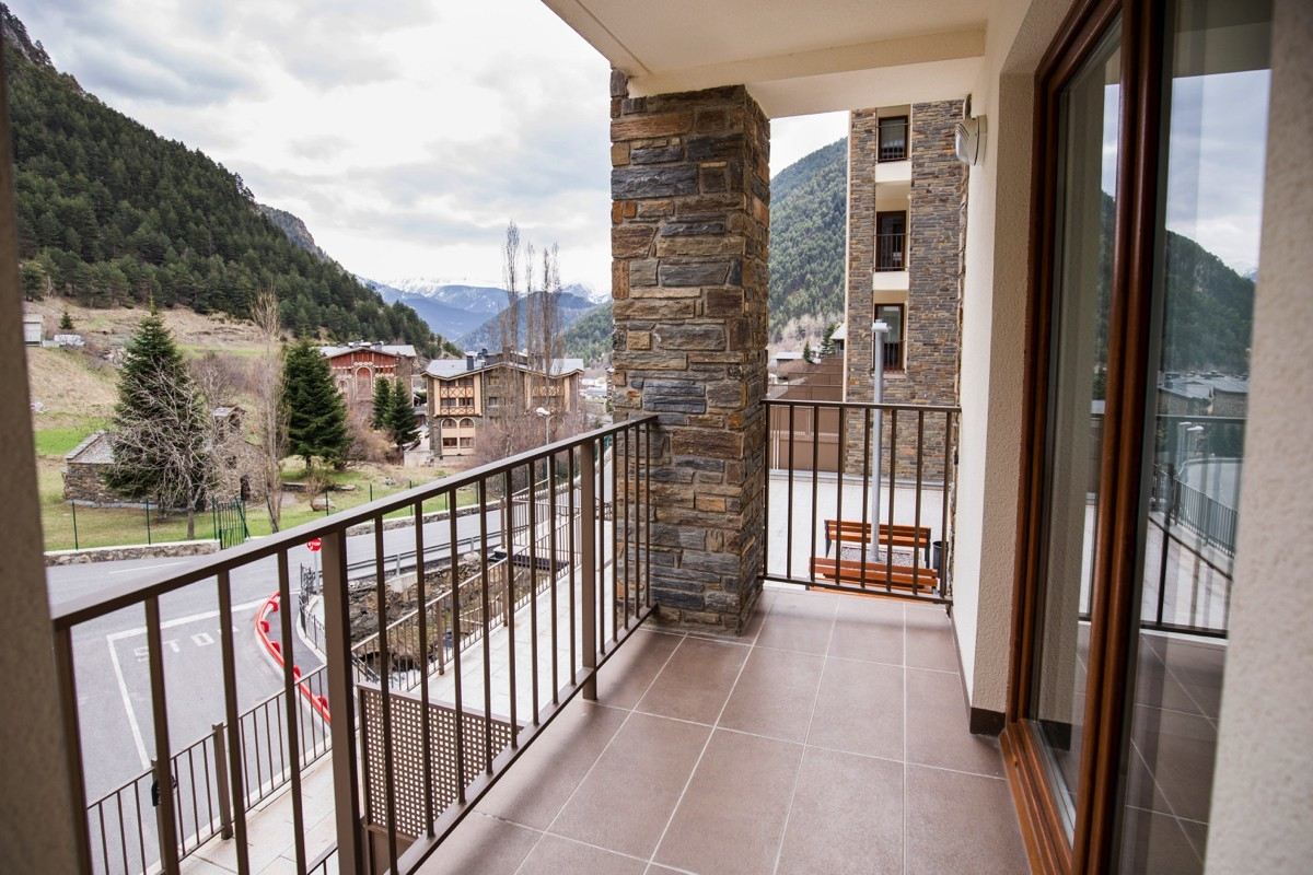 Apartment 2 rooms with balcony up to 4 people