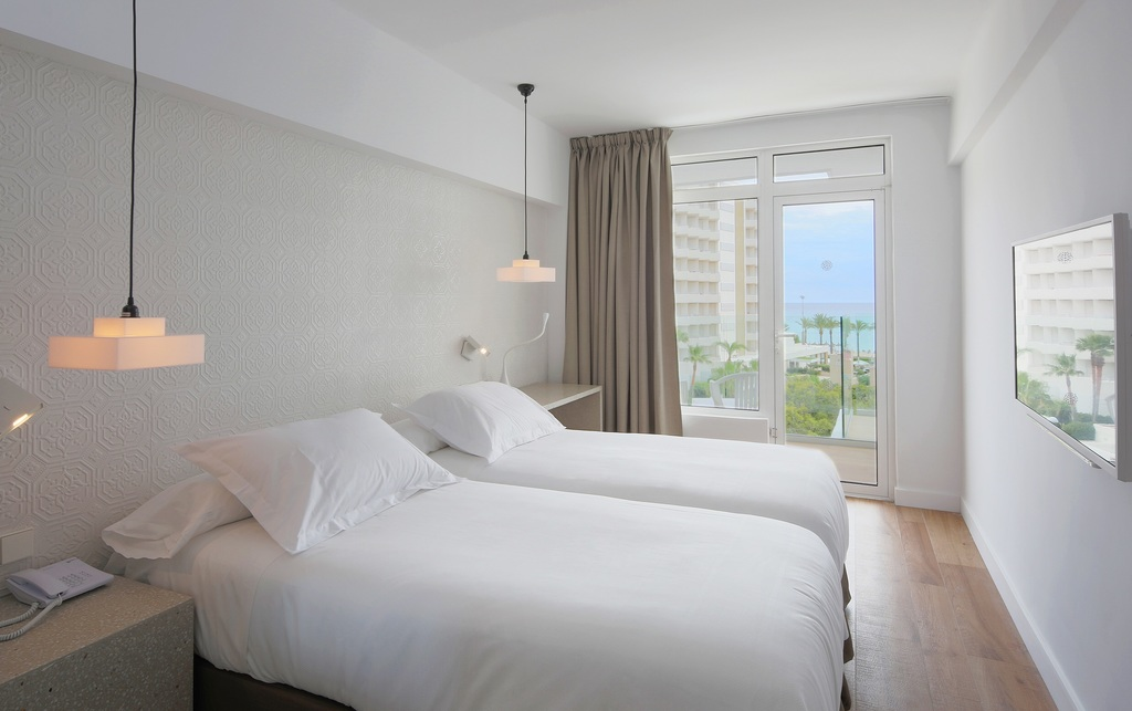 Twin Room Parcial Sea View