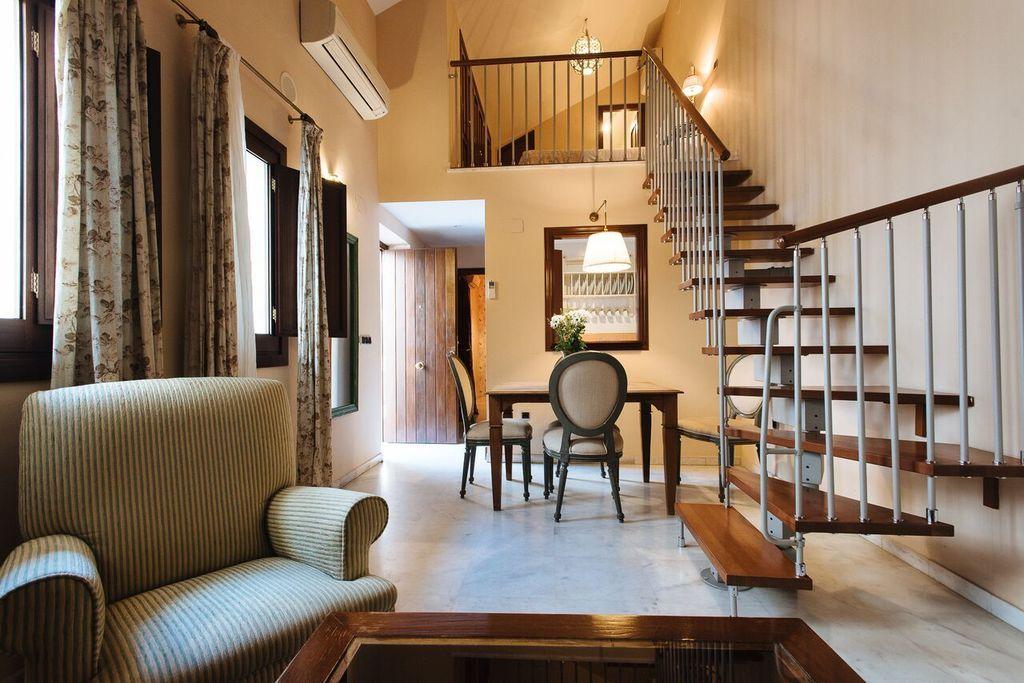 3 Bedroom Apartment Singular Apartments Sevilla