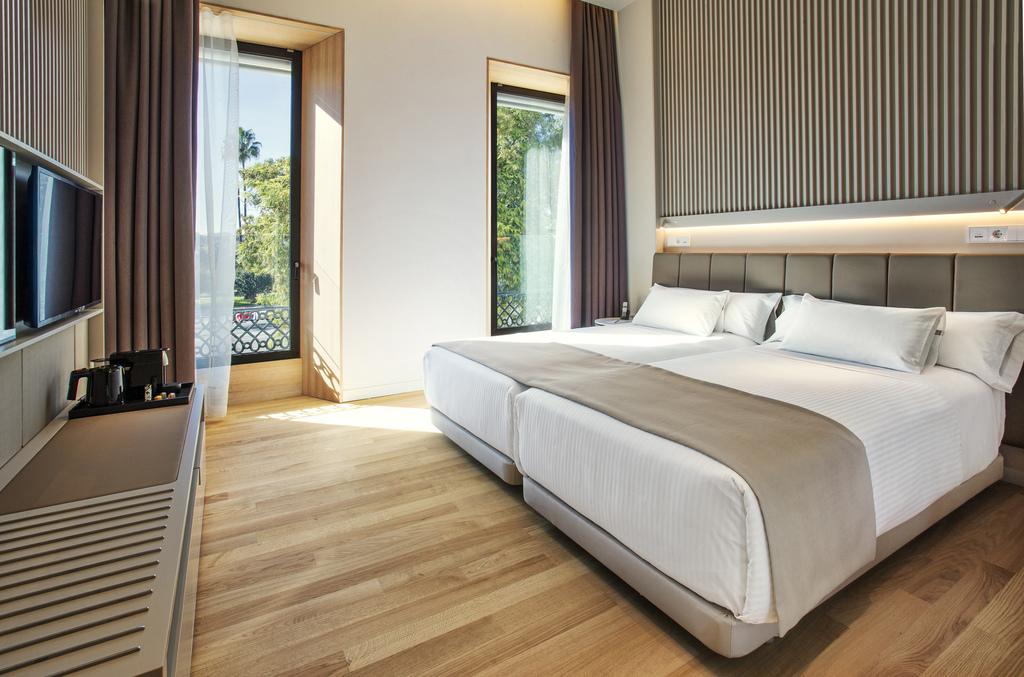 Premium 1 or 2 beds