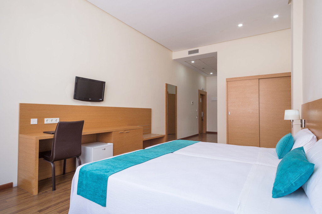 Adapted Double room