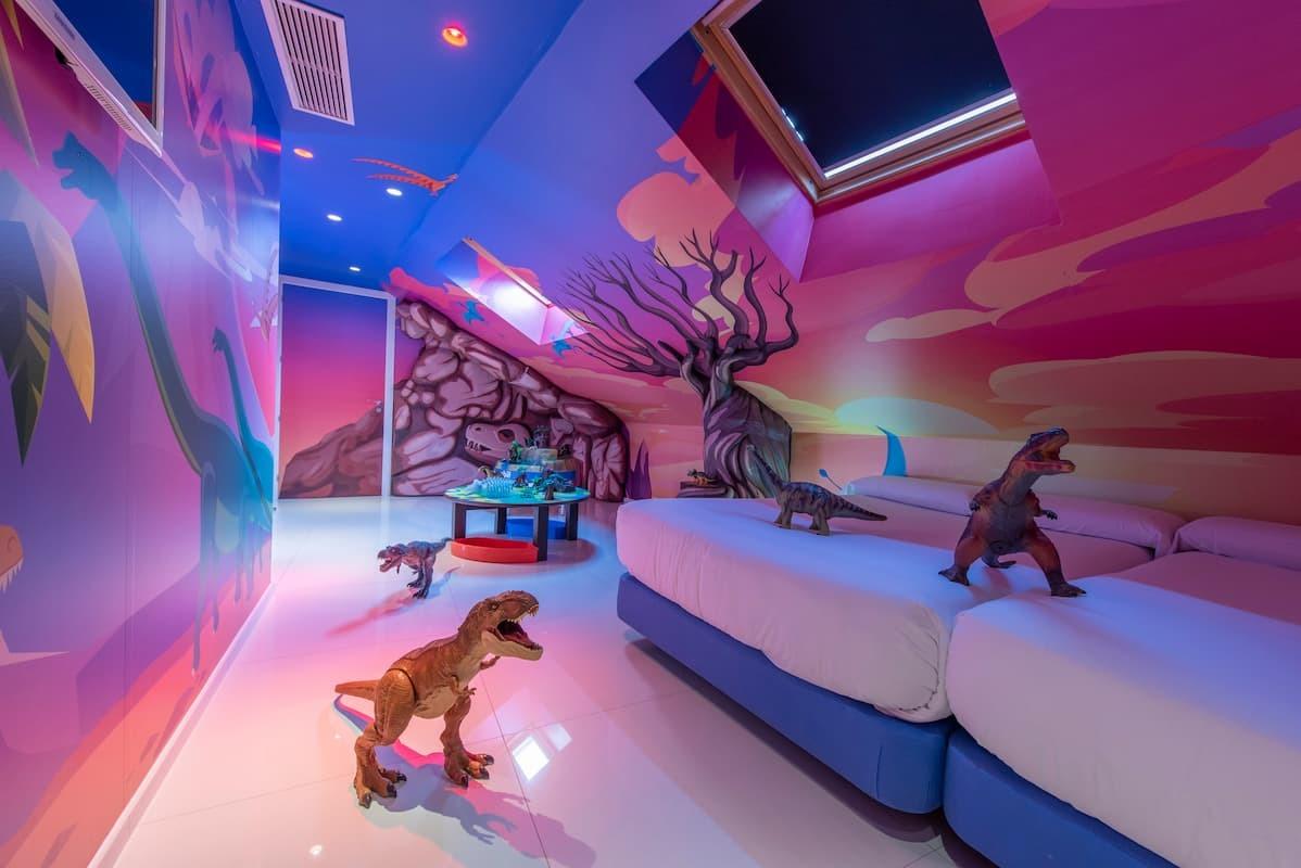 Dinosaurs Room