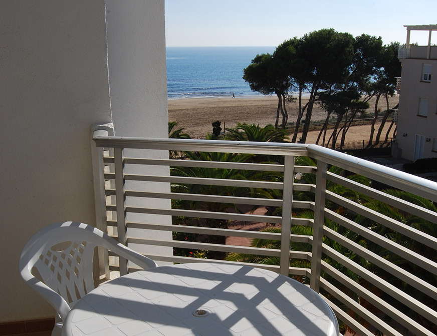Sea View Apartment with 2 Bedrooms
