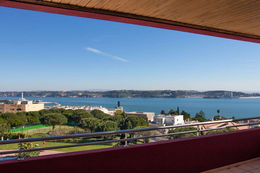 Two Bedroom Apartment with Sea and Pool View