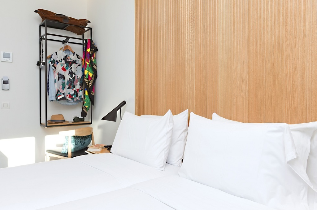 Standard small room