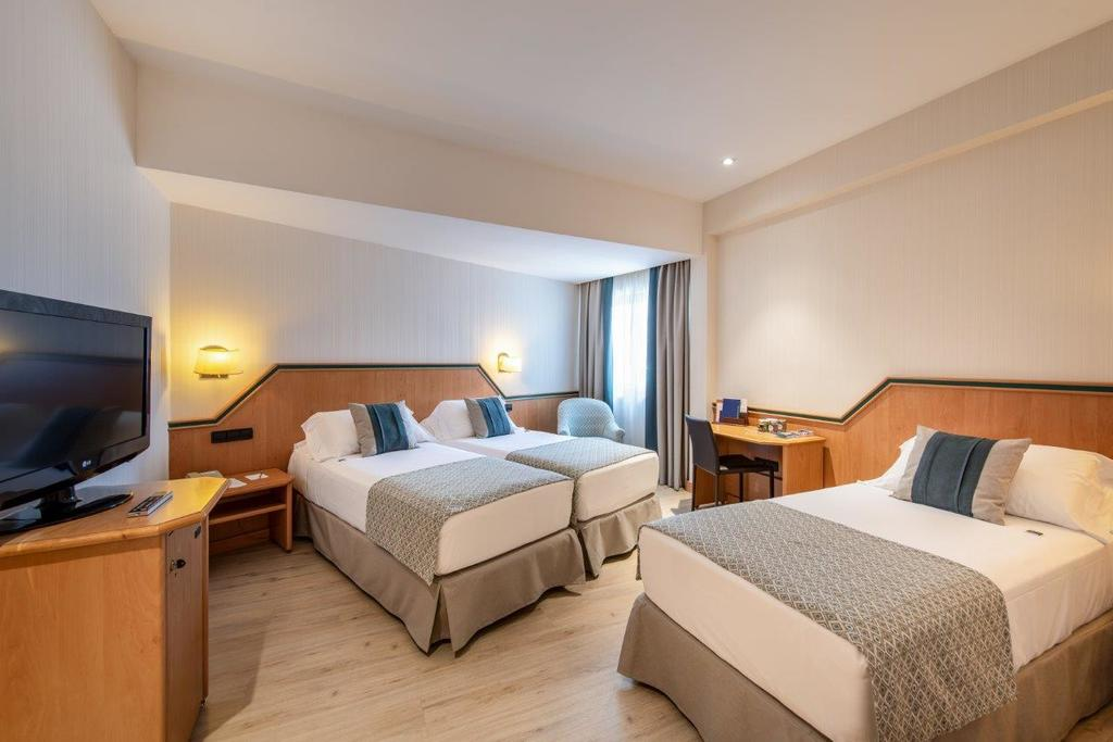 Sandard room for 3 people