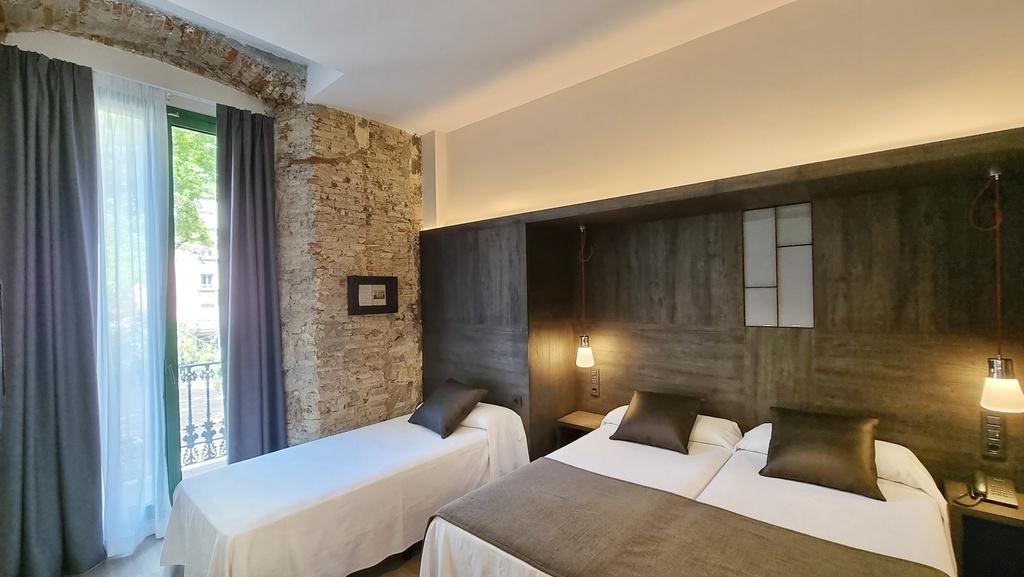 Triple Interior Confort Room