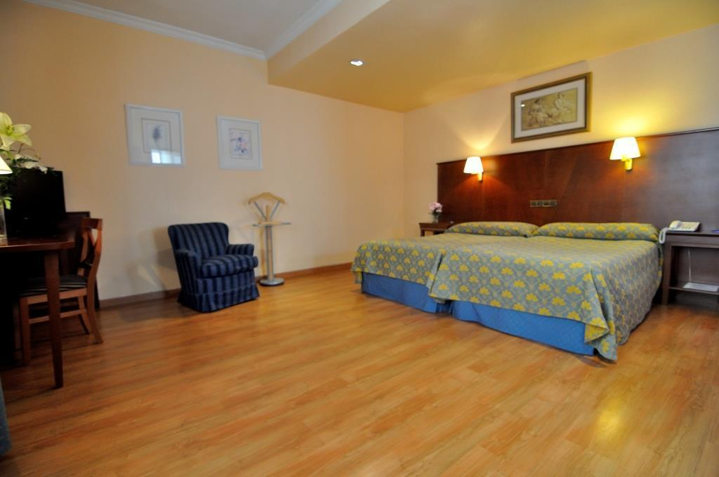 Double superior room with 2 beds