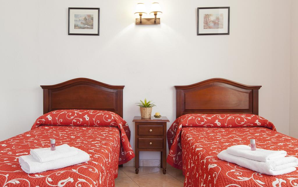 Doble (2 camas) con baño compartido