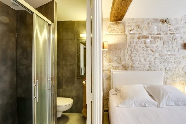 non refundable hotel sainte marie paris paris. Black Bedroom Furniture Sets. Home Design Ideas