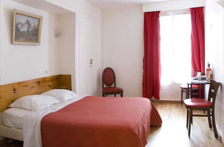 Chambre Double (douche sur le palier)