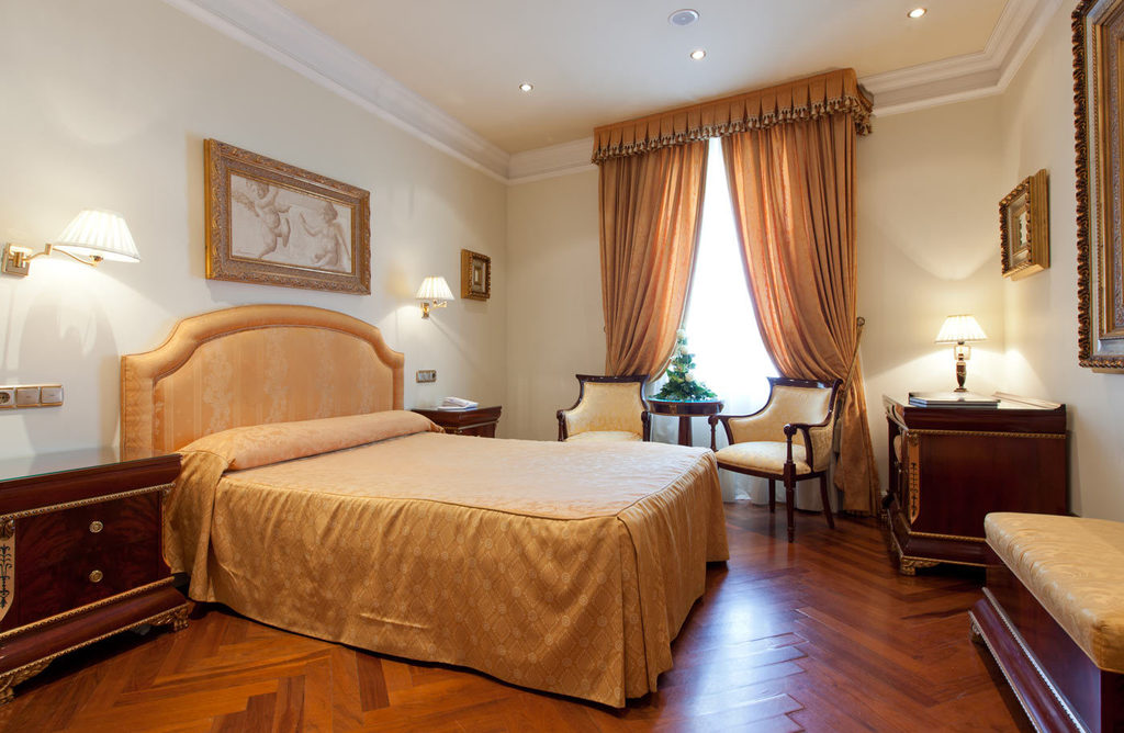 Double room (Double bed) with panoramic view