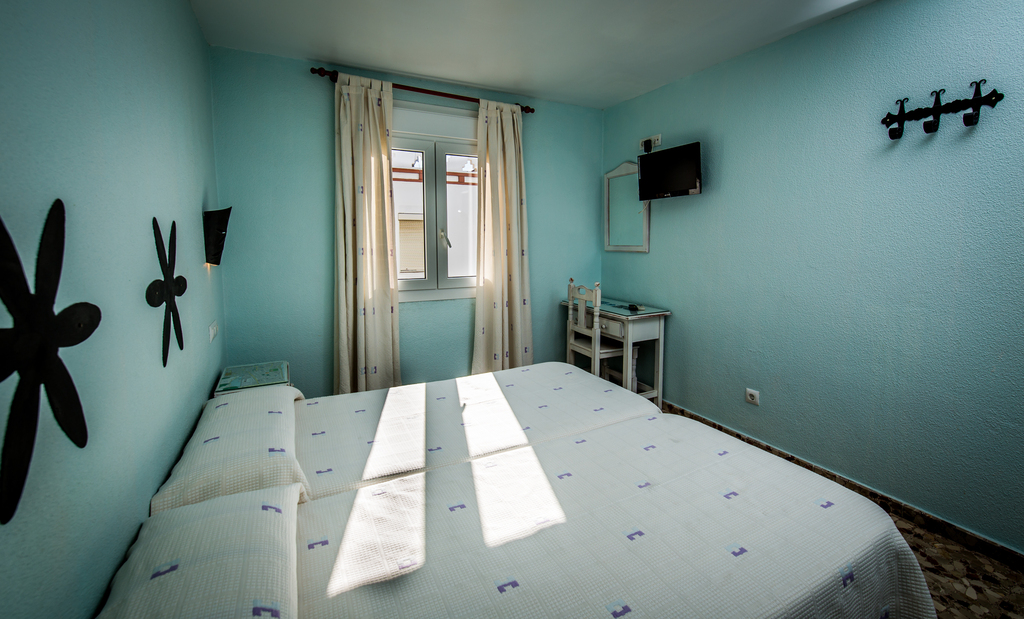 Basic twin or double room