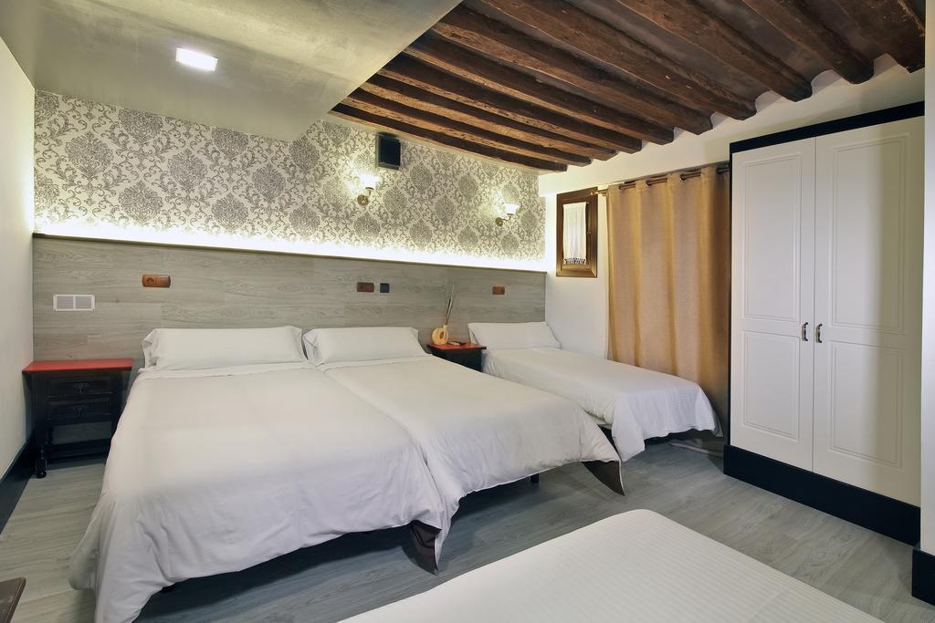 Apartamento De 2 Dormitorios 4 6 Adultos Apartamentos Sol Deluxe - Dormitorios-adultos